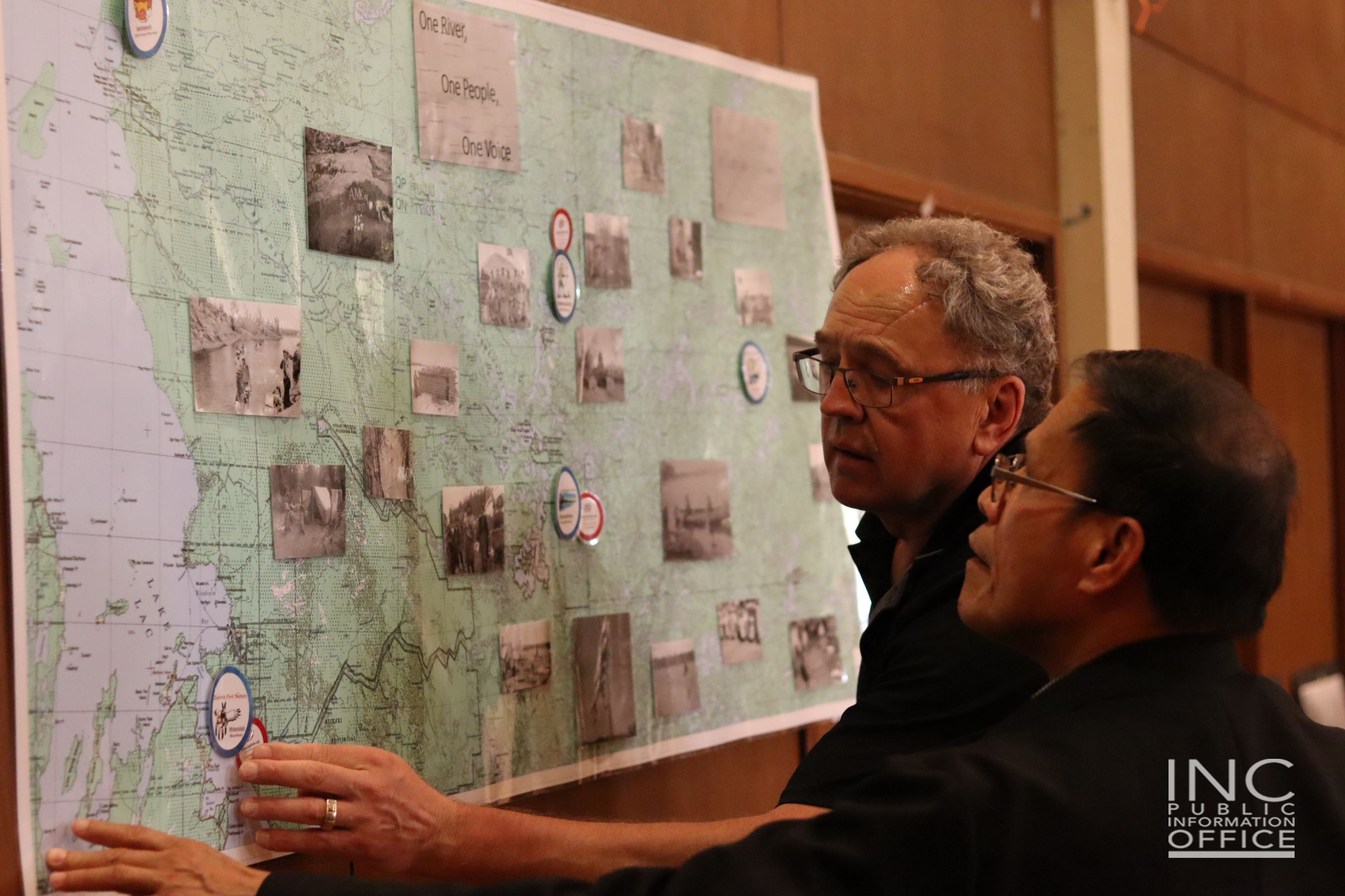 Mr_Gerald_Neufeld_gives_a_brief_history_of_Indigenous_Peoples_to