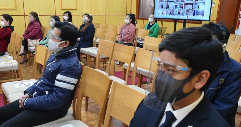 Brethren in Tokyo, Japan unite in sharing their faith