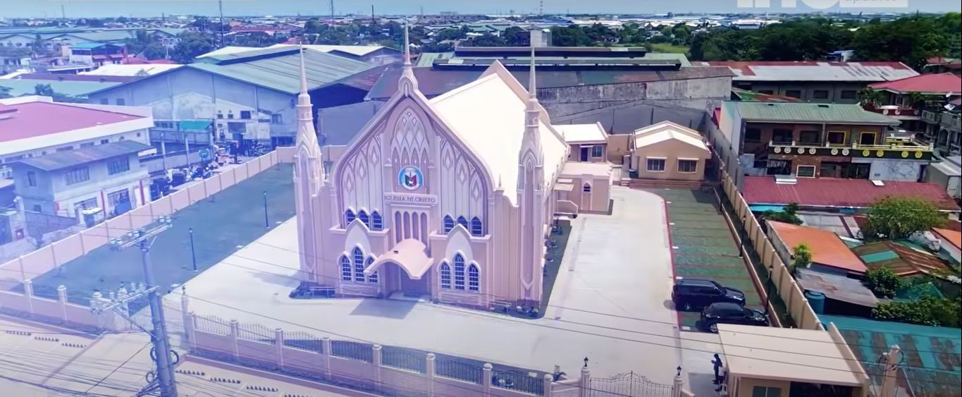 Executive Minister leads dedication to God of 4 new houses of worship
